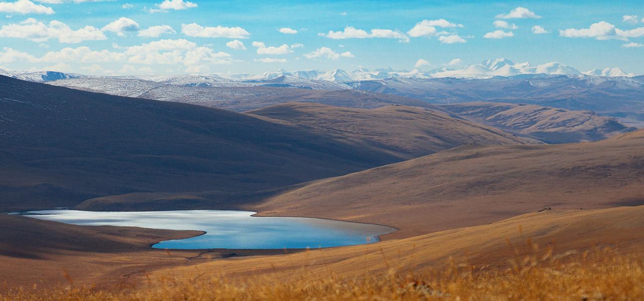 Караколь озеро на алтае