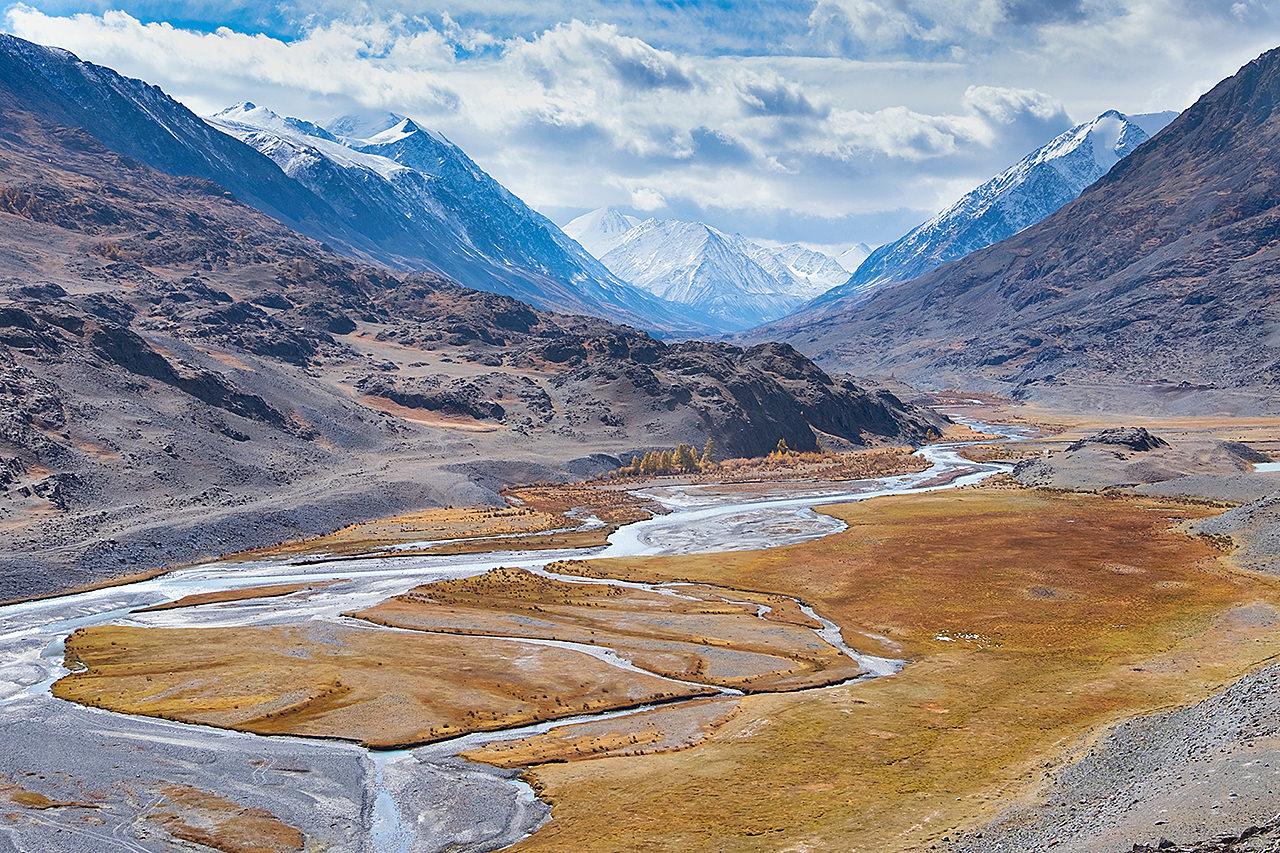 Слияние рек Аккол и Карааюк. Река Чаган