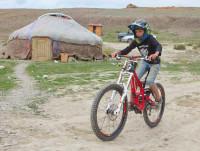 велосипед в кемпинге