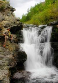 водопад на реке кокоря